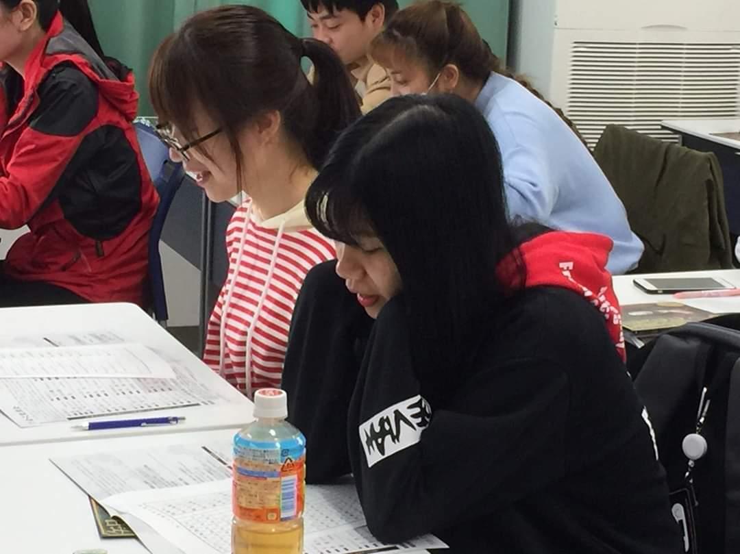 Buoi hoc ve kịch noh của các bạn du học sinh của chúng tôi tại Nhật Bản
